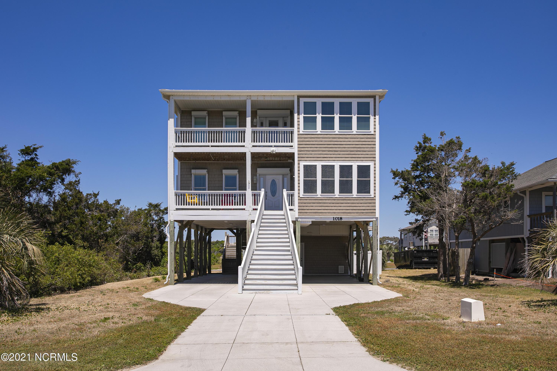 1018 W Dolphin Drive Oak Island, NC 28465