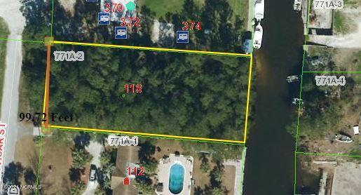 Beautiful waterfront lot in Sneads Ferry.  Convenient to the HWY 172 gate and all that Sneads Ferry has to offer!  For boating it is located just off the New River with easy  access to the Inlet.