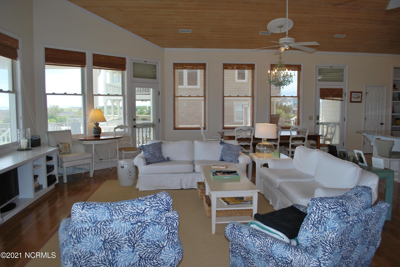 1257 Ocean Boulevard Holden Beach, NC 28462
