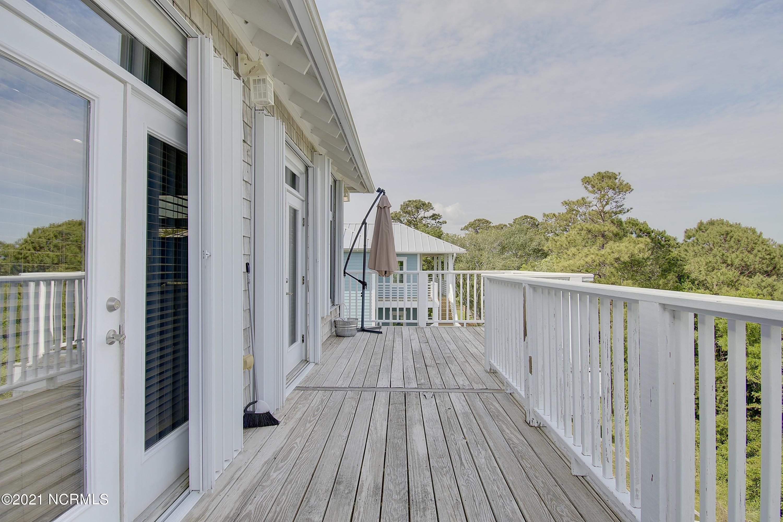 208 Oak Outlook Way Carolina Beach, NC 28428