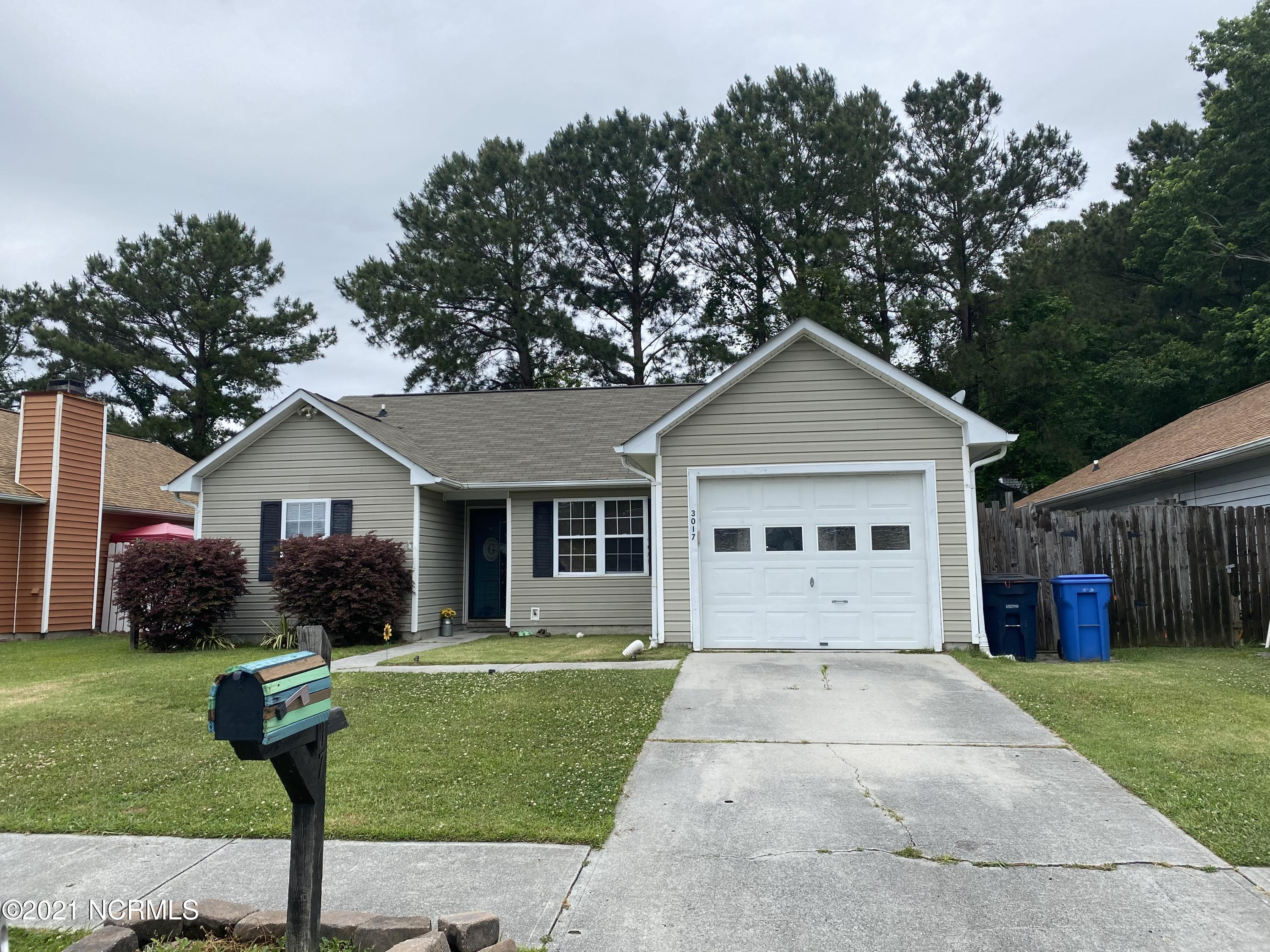 Adorable 3 bed 2 bath home located in jacksonville! With a single car garage and fenced back yard this is a great starter home! This home boasts tile floors and fresh carpet in the bedrooms!