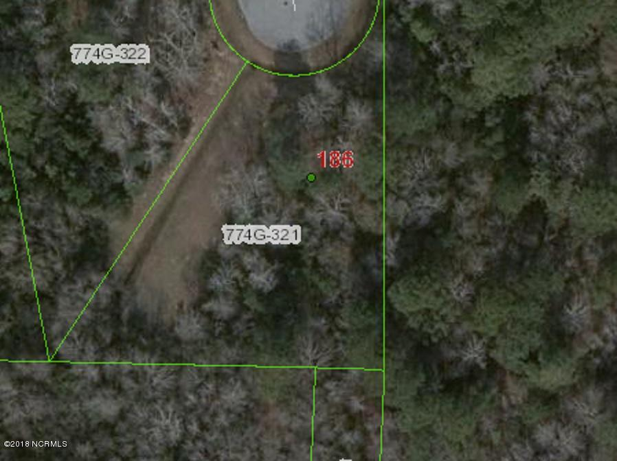 Wonderful cul de sac building lot in the lovely Sneads Ferry community of Mimosa Bay. Full of amenities - this neighborhood has boating access, a clubhouse, pool, workout room and basketball and tennis. The southeast area of NC offers a wonderful place to live and play and this community offers its residents a perfect backdrop for all that our coastal area offers. This lot, tucked back in the community, could accommodate many different custom home plans.