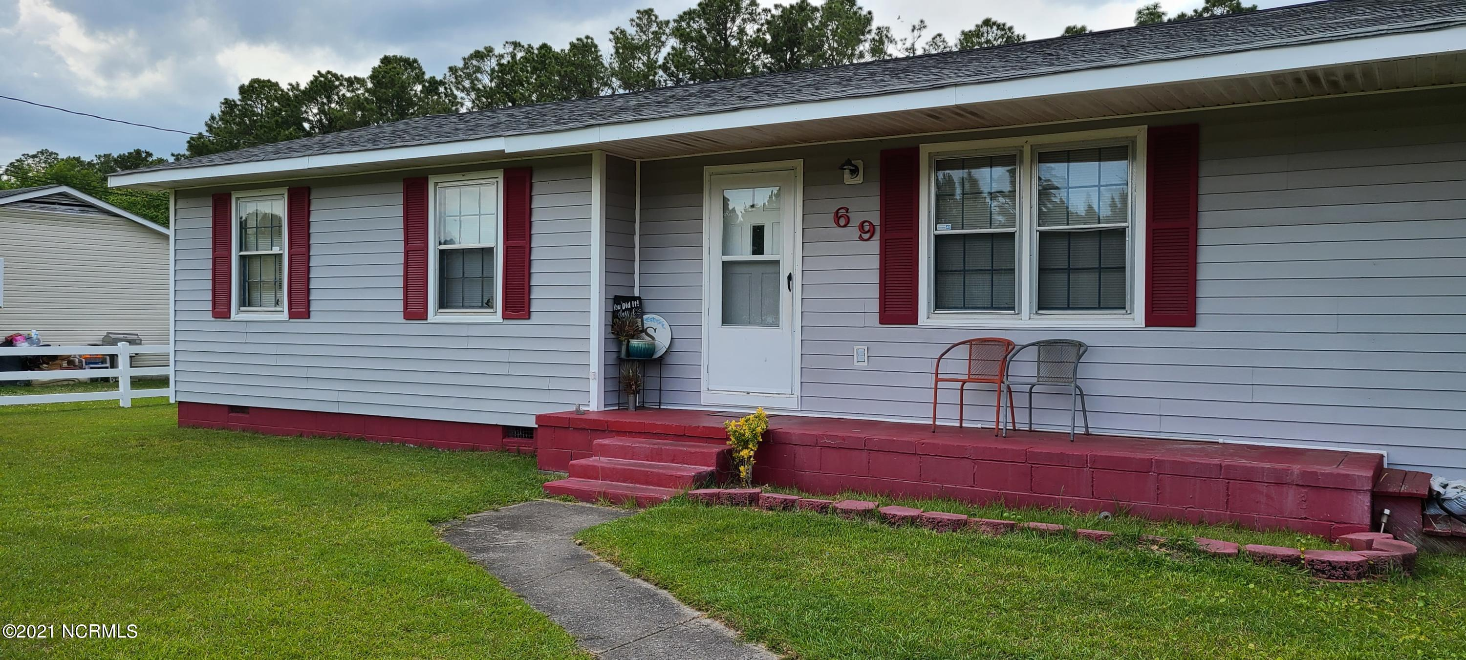 Darling 3 bedroom/2 bath home, just minutes from beaches, shopping and bases.  This home features a fully fenced backyard with a shed.  Inside, the home offers a kitchen with a nook, crown molding, and a bonus room.  No City Taxes.  Seller is offering 3K in flooring/use as you choose.