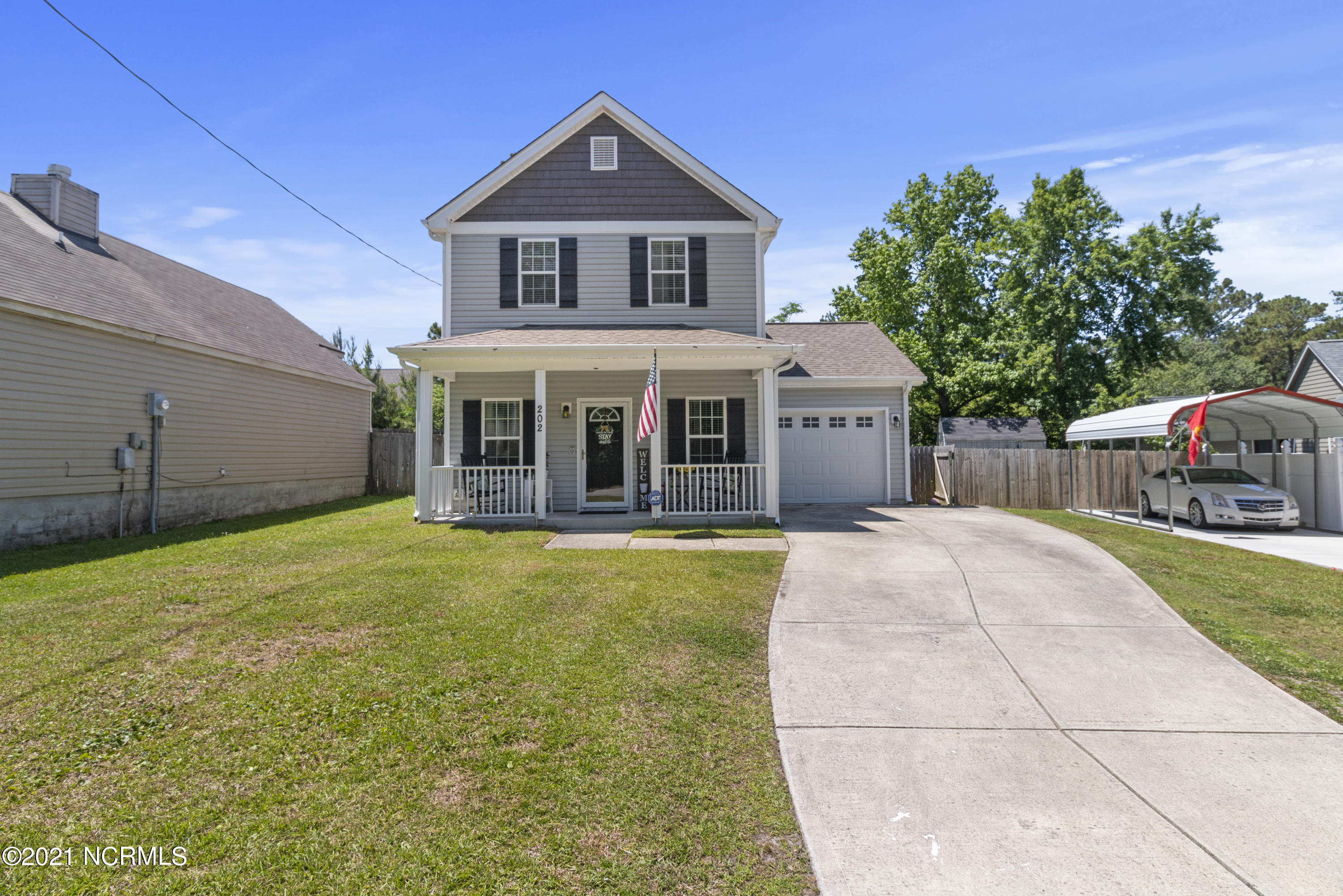 Previous buyer's financing fell through so we are back on the market! Welcome home to 202 Hemlock Drive! Upon entering, you're sure to fall in the love with the open concept, perfect for entertaining! This home is sure to amaze! Call today to schedule your personal tour! Don't miss out on this lovely home.