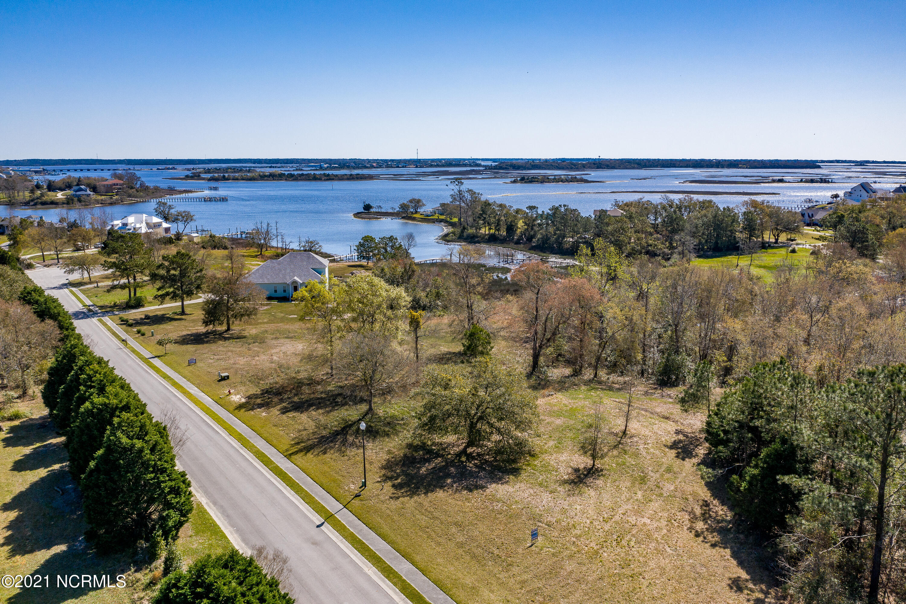 Great view of the Intracoastal Waterway. Lot is approximately 1.03 acres. Very Close to Historic Downtown Swansboro, Beaches, Bases, and more! 4 Bdrm. Septic system permit.
