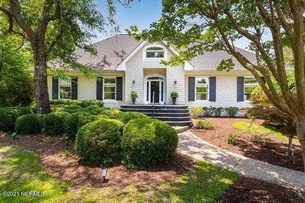 904 Twisted Oak Place Wilmington, NC 28405