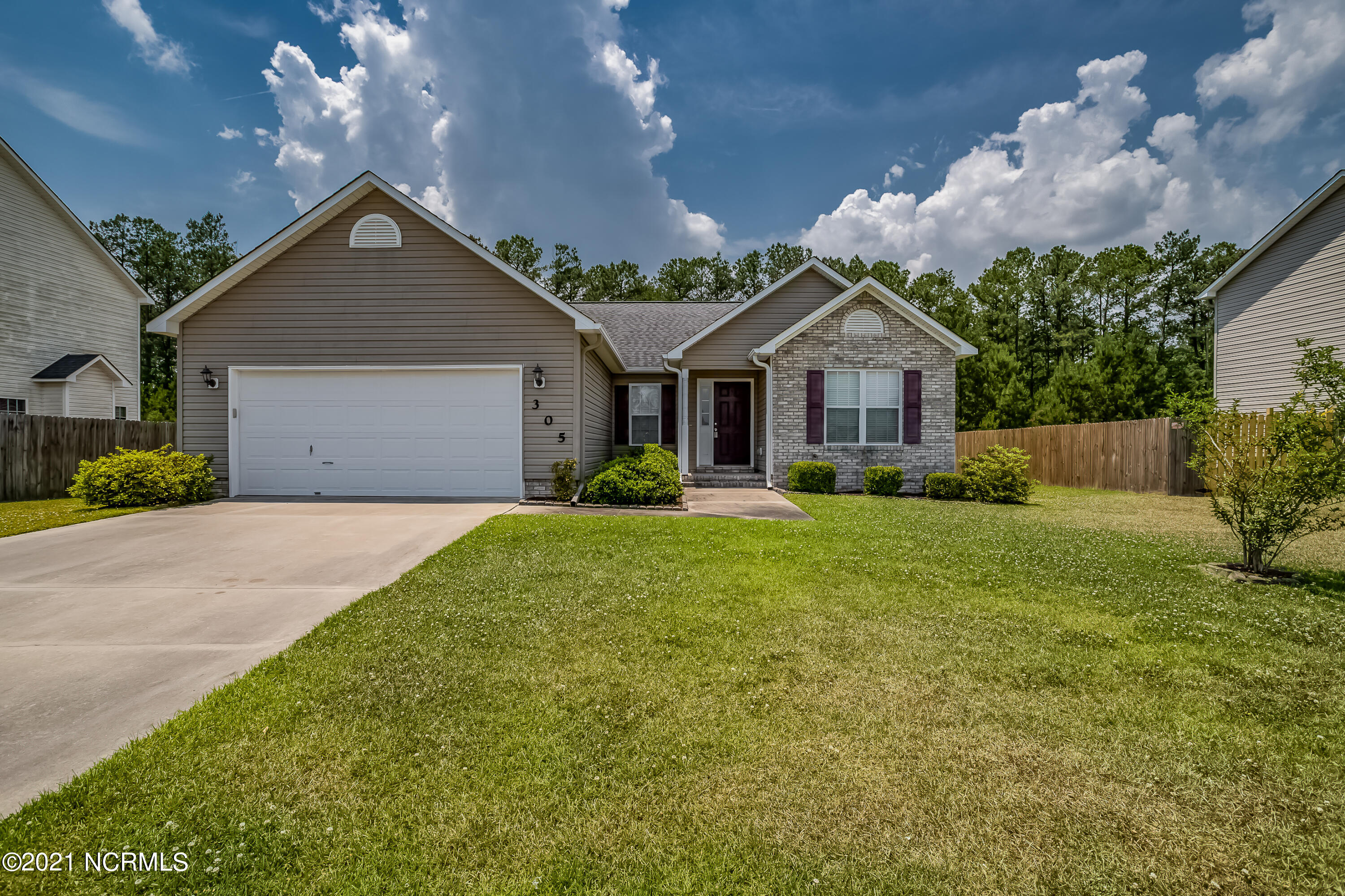 Honey STOP THE CAR!!!  Welcome to this beautiful 3 bedroom 2 Full bath home in Carolina Forest!  This house is in pristine condition and ready for your family today!  The bedrooms are nicely sized with ample closet space.  The master bedroom is quite large with ensuite bath and soaking tub!  You will enjoy this open floor plan so you can cook, catch the score of the game and not miss a beat!  This house has a very nice large backyard with beautiful woods.  Don't let this beauty get away!