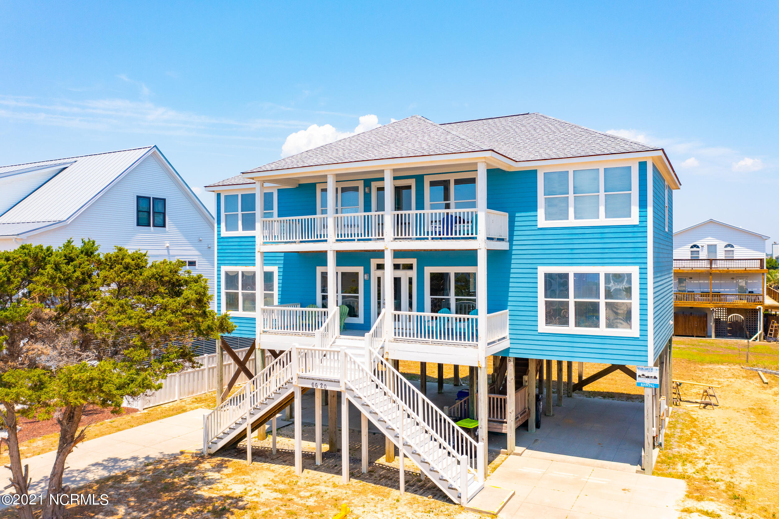 6620 W Beach Drive Oak Island, NC 28465