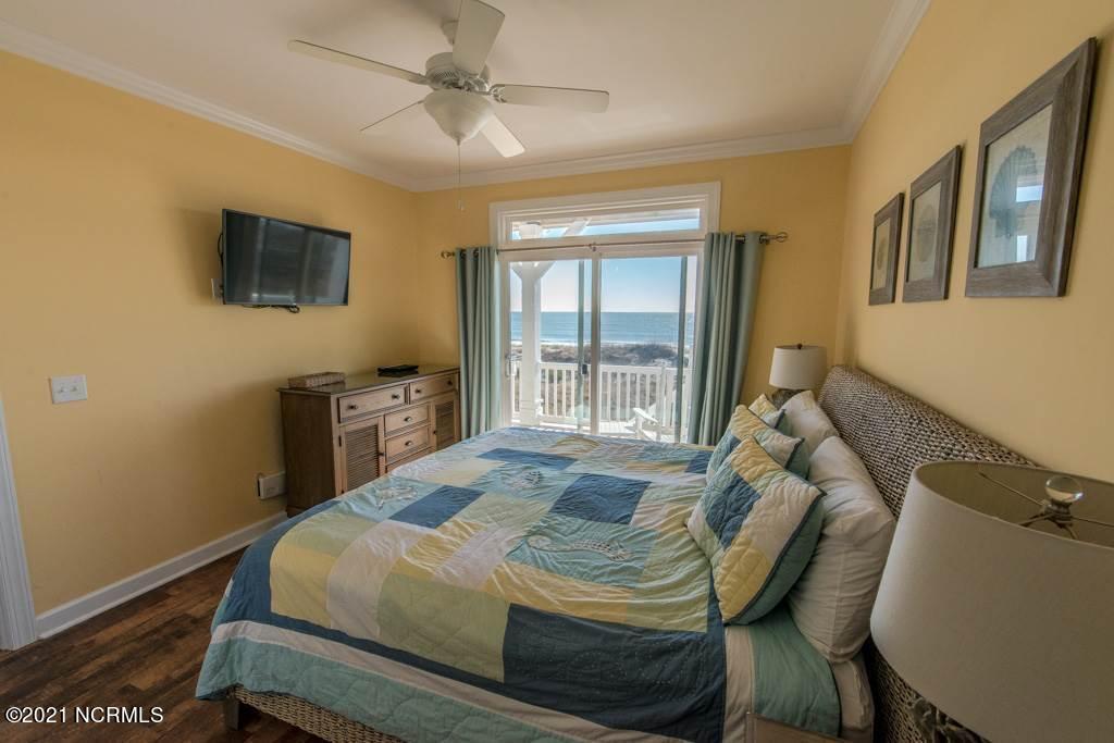 328 E First Street Ocean Isle Beach, NC 28469