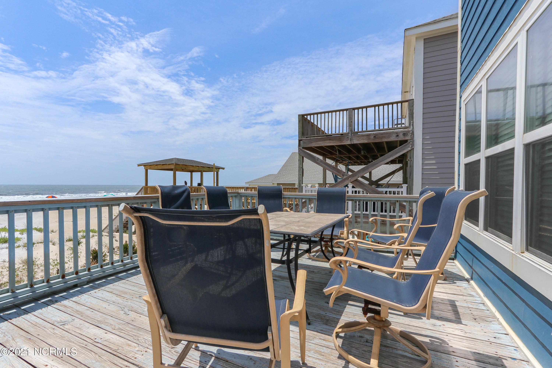2229 E Beach Drive Oak Island, NC 28465