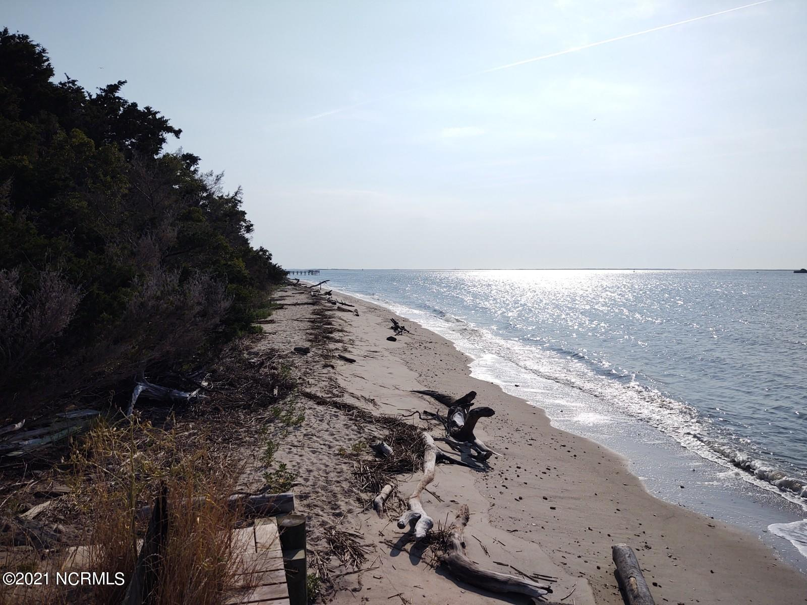 314 River Drive Southport, NC 28461