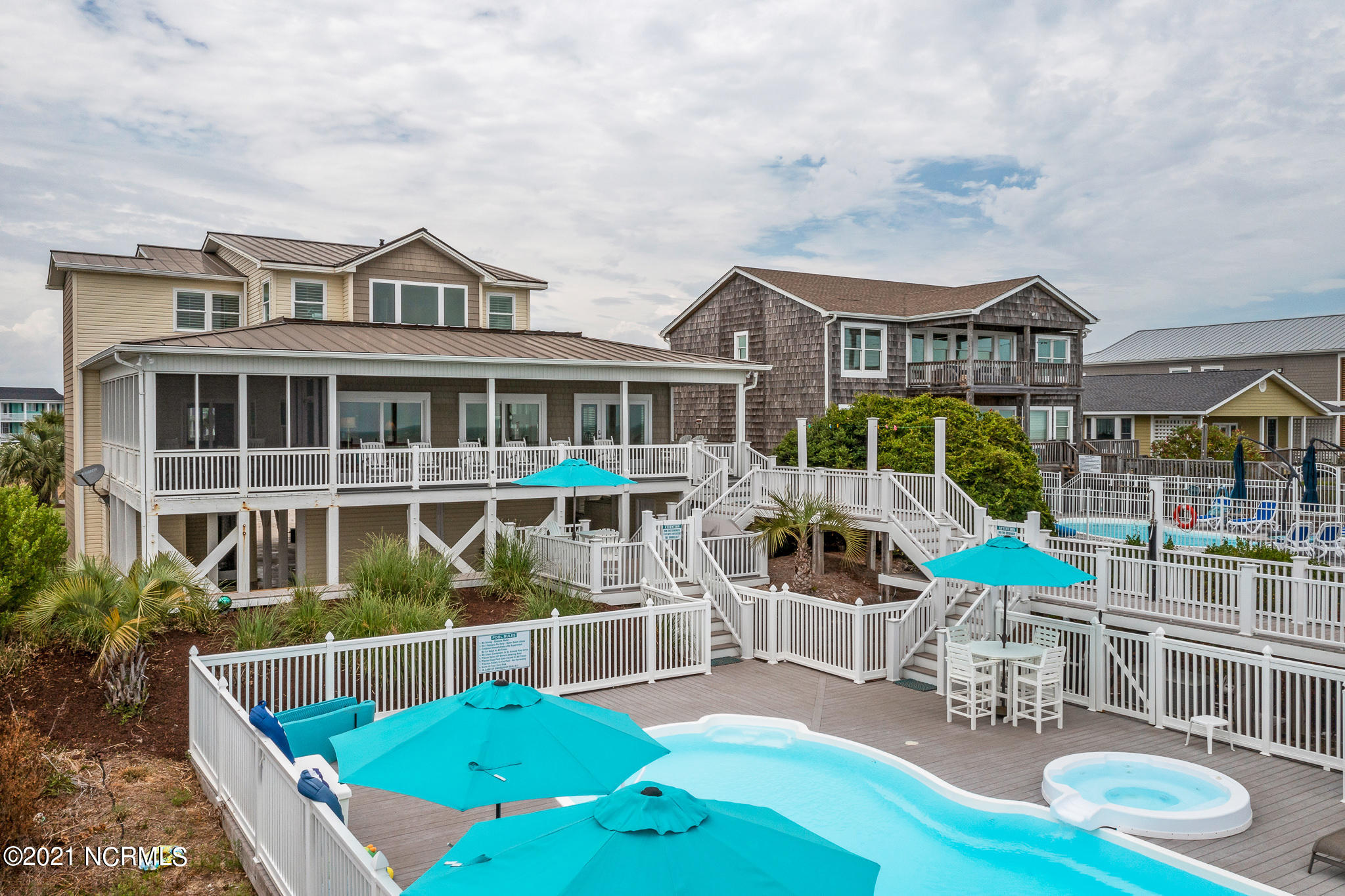 1215 Ocean Boulevard Holden Beach, NC 28462