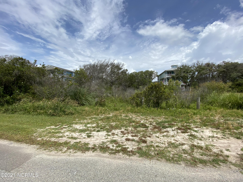 126 W Pelican Drive Oak Island, NC 28465