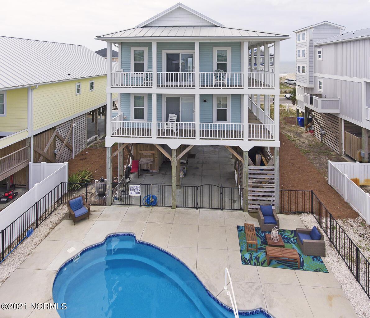 2728 W Beach Drive Oak Island, NC 28465