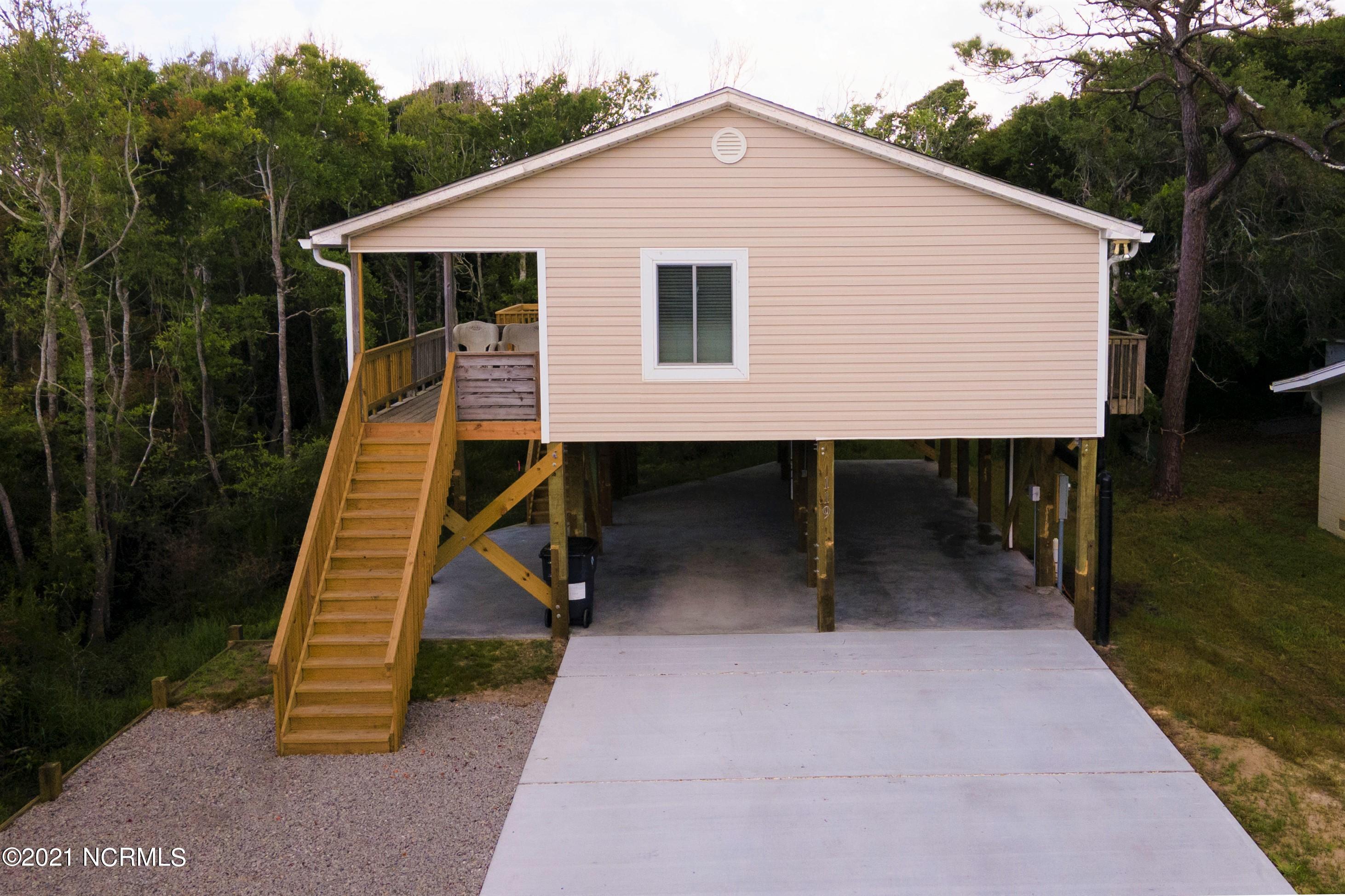 119 SE 76th Street Oak Island, NC 28465