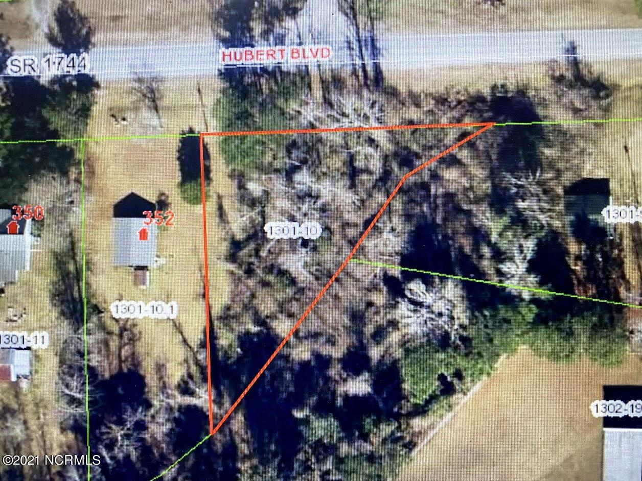 Looking a place to build or place a Modular home? Great Location between Swansboro & Jacksonville.