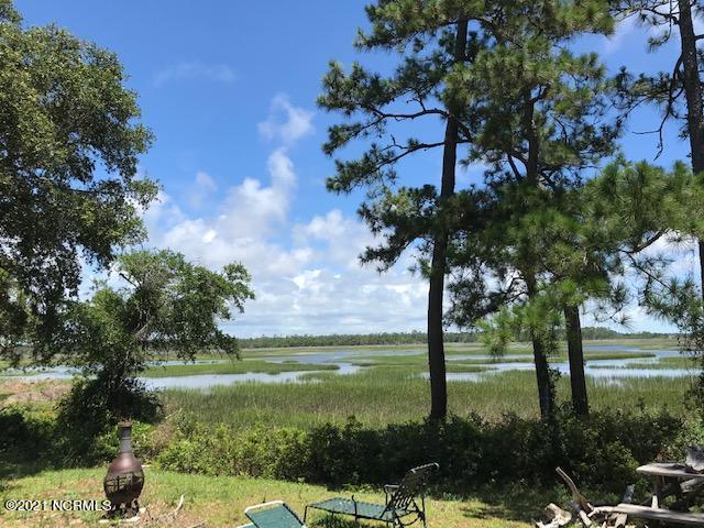 7406 E Yacht Drive Oak Island, NC 28465