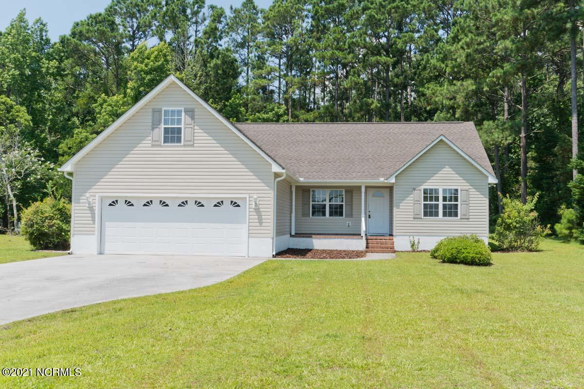 PRICE REDUCED!! Don't miss out on this charming and move in ready home in Silver Creek Plantation that offers 3 bed/2 bath and a bonus room! This fabulous ranch with an open floor plan is in a great location! Beautifully appointed throughout with cathedral ceilings in the living room, new LVP flooring in all main living areas, new carpet in the bedrooms, and paint throughout the ENTIRE interior! Entertaining is made easy with the large deck in the back, and the front porch. If you enjoy early mornings, the sunrise across the street overlooking the horse farm is a serene view! If you're drawn to the water, fishing, etc you'll love the neighborhood boat ramp, dock and picnic area! This home simply has it all and is ready for someone to make it ''home''.