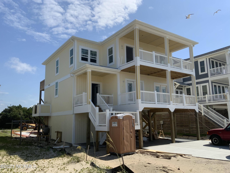 314 E Beach Drive Oak Island, NC 28465
