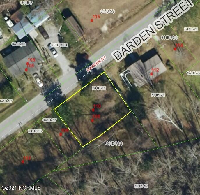 Vacant land in the Georgetown section of Jacksonville. This property once had a house on it and is ready for its new owner to build another home.  No manufactured homes.