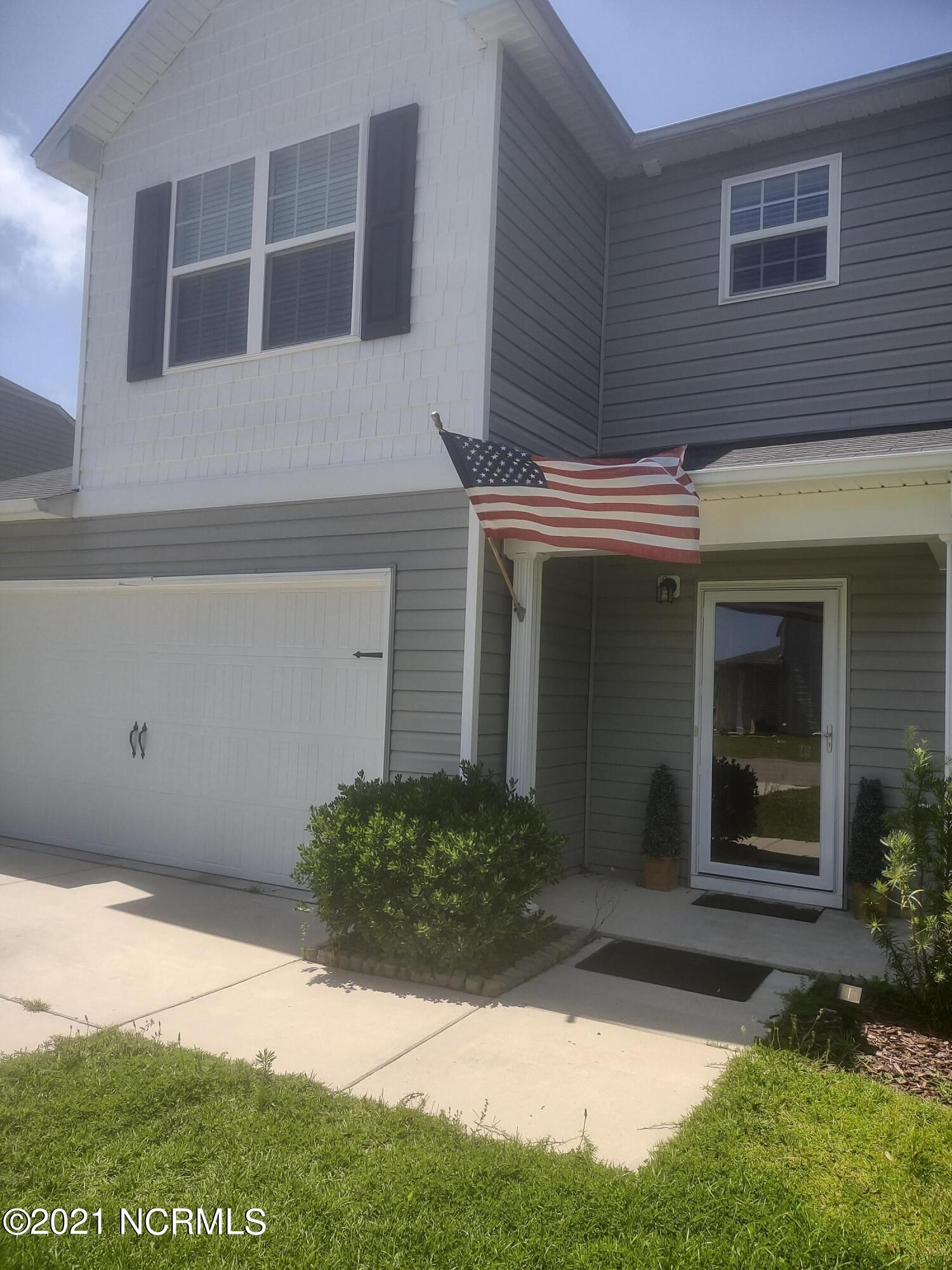 Move in ready home, conveniently located minutes from beautiful Topsail Island, MARSOC, Stone Bay and Camp LeJeune. This spacious home features an open living / kitchen area downstairs, a private office and a half bath. The upstairs features a large master suite with vaulted ceilings, on suite bath with large shower / soaker tub combo and a spacious walk in closest. Also located upstairs are the 2 guest bedrooms, guest bath and an open den/bonus area. This home is located at the end of a quiet street in a nice neighborhood that offers sidewalks and streetlights. This home is ready for you to relax and enjoy life, conveniently located to local shops and dining and the award winning area beaches. Let's get you HOME.