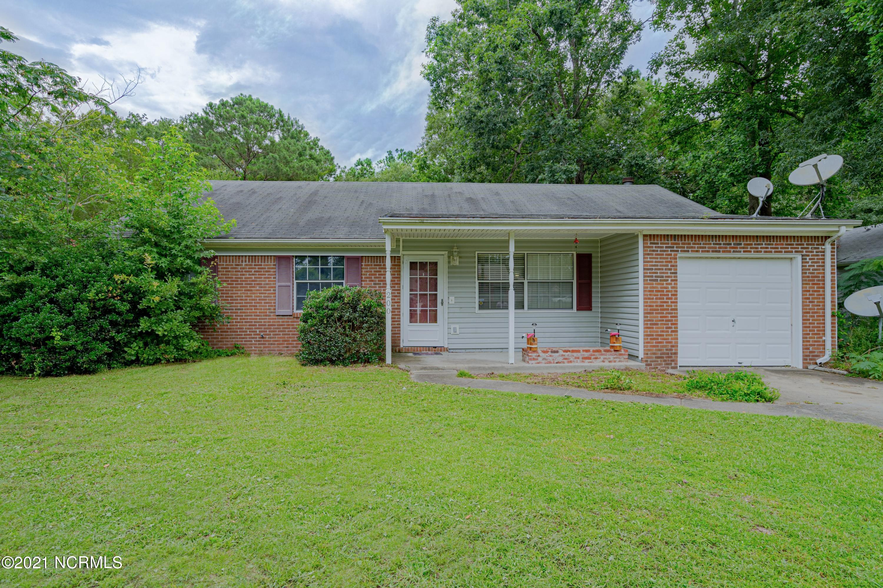 Three bedroom, two bathroom home just minutes away from various local restaurants and the Jacksonville mall. The spacious backyard is perfect for outdoor festivities and is near a local creek. This cozy home in this fast moving market will not last long, so schedule your showing today!!!