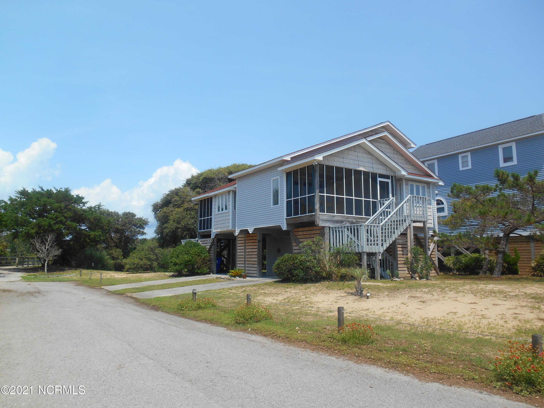 2902 E Pelican Drive Oak Island, NC 28465