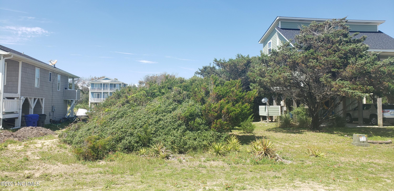 128 W Dolphin Drive Oak Island, NC 28465
