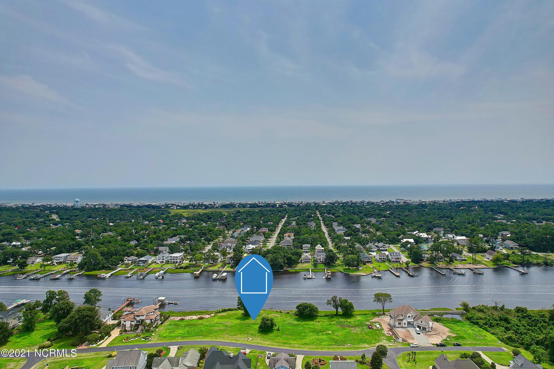2747 Pinecrest Drive Southport, NC 28461