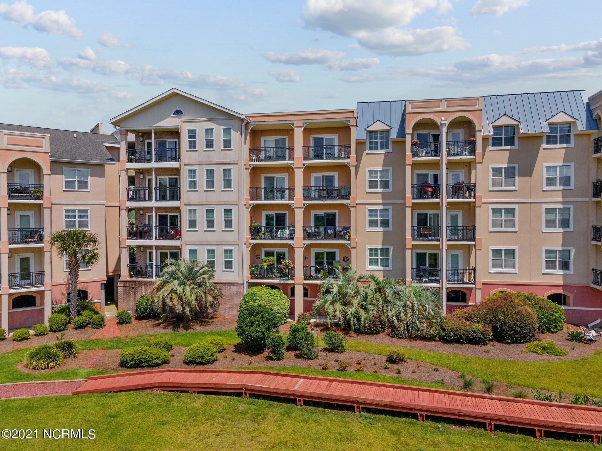 3100 Marsh Grove Lane UNIT #3208 Southport, NC 28461