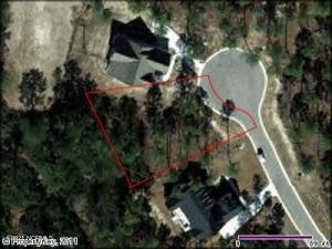 Beautiful building lot in the gorgeous wooded, waterway community of River Sea Plantation. Fabulous walking trails and wooden bridges, deep water direct ocean access on the Lockwood Folly River, outdoor pool, tennis courts, community gardens, boat  canoe, and kayak community pier. RV and boat storage. Convenient to shopping, hospital, beaches and schools. Custom designed homes are built and being built in the Unique, Wonderful and Rare waterway community.
