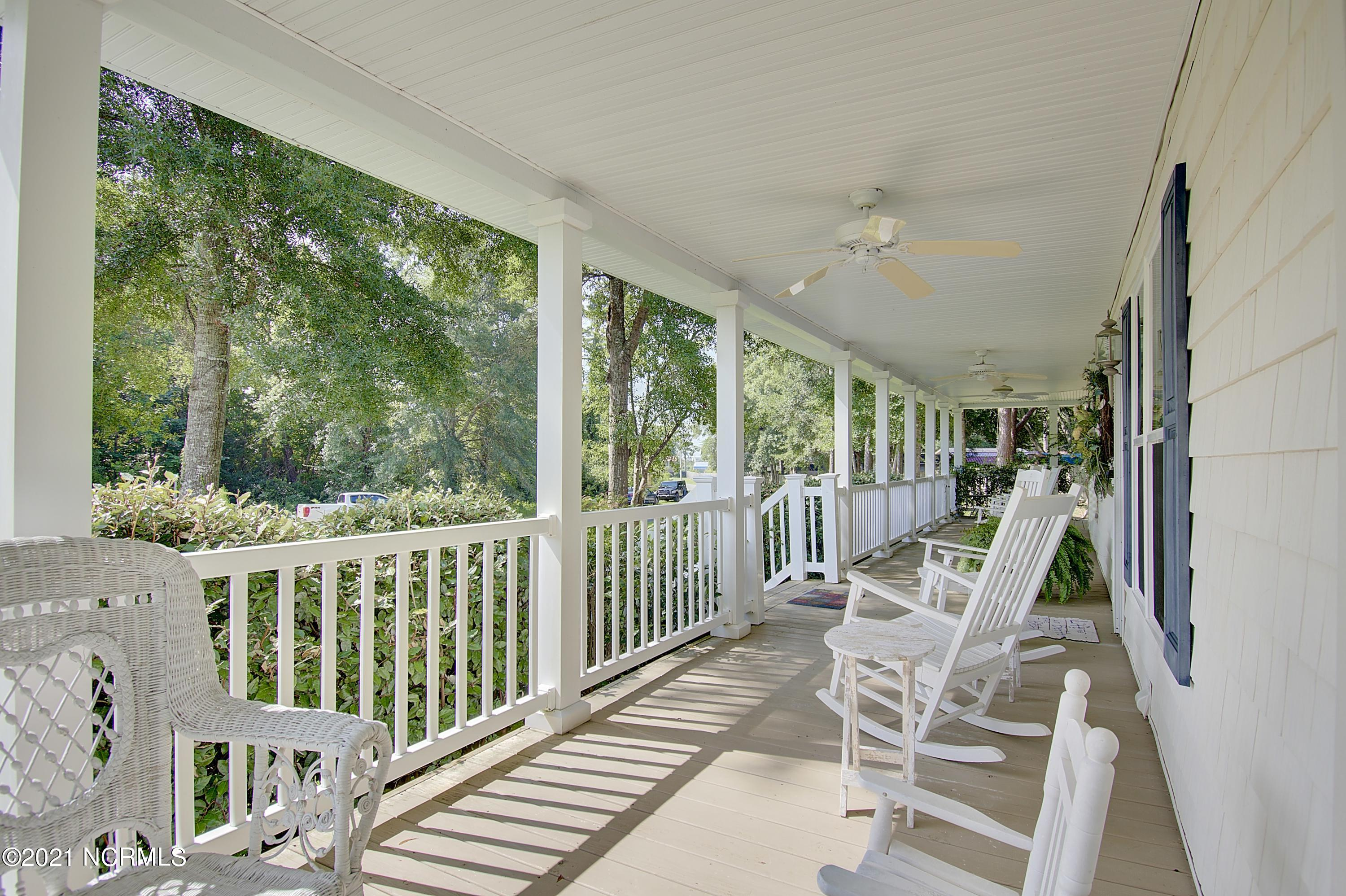 2633 Waterscape Drive Supply, NC 28462