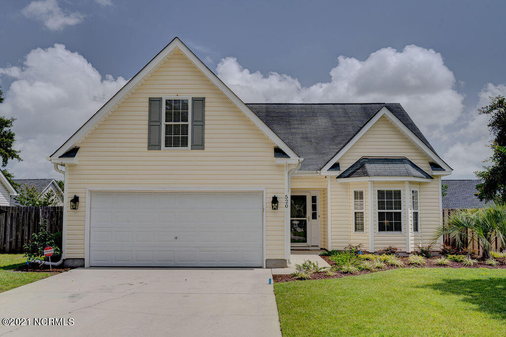 520 Maple Branches Drive Belville, NC 28451