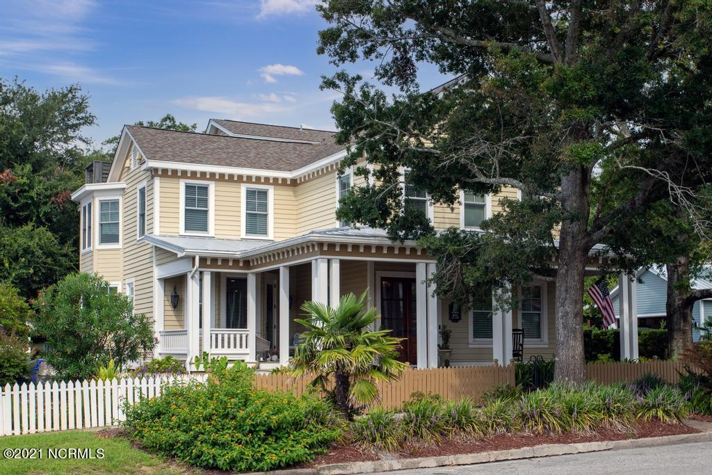 111 N Caswell Avenue Southport, NC 28461