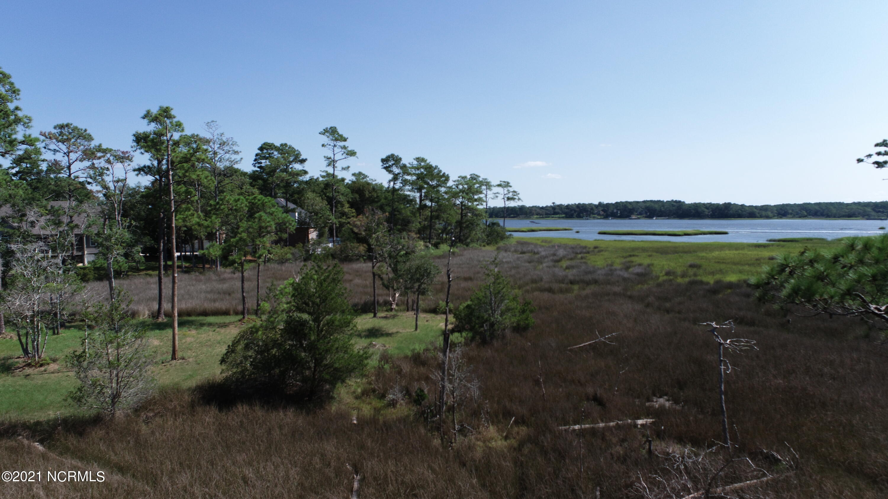 274 Genoes Point Road Supply, NC 28462