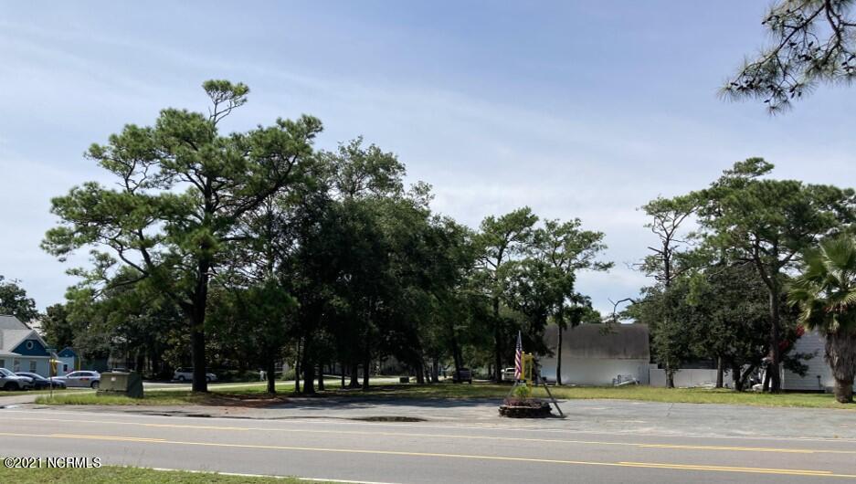 222 Country Club Drive Oak Island, NC 28465