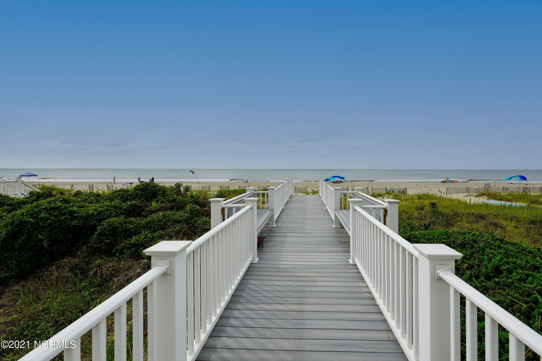 567 Ocean Boulevard Holden Beach, NC 28462