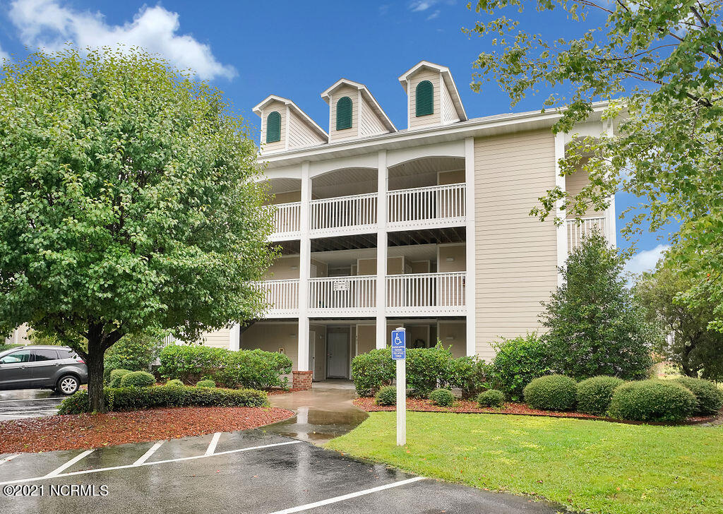 3350 Club Villas Drive UNIT #401 Southport, NC 28461