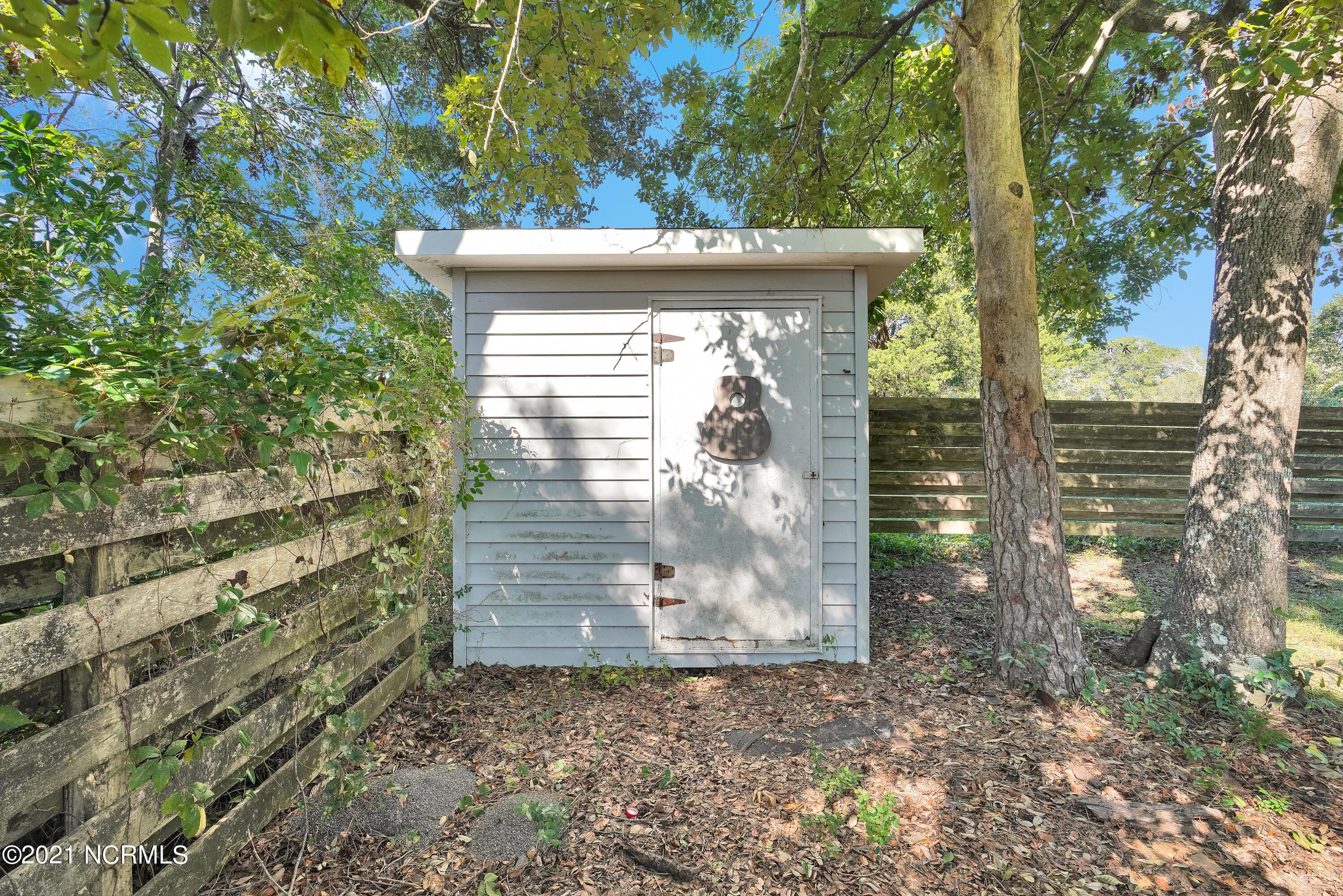 107 NE 65th Street Oak Island, NC 28465