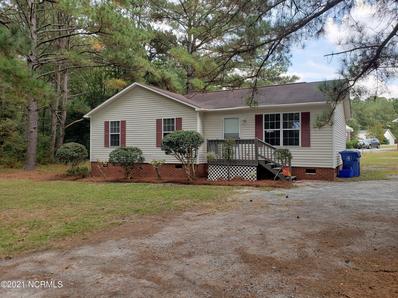12861 Blue Woods Road, Laurinburg, NC 28352