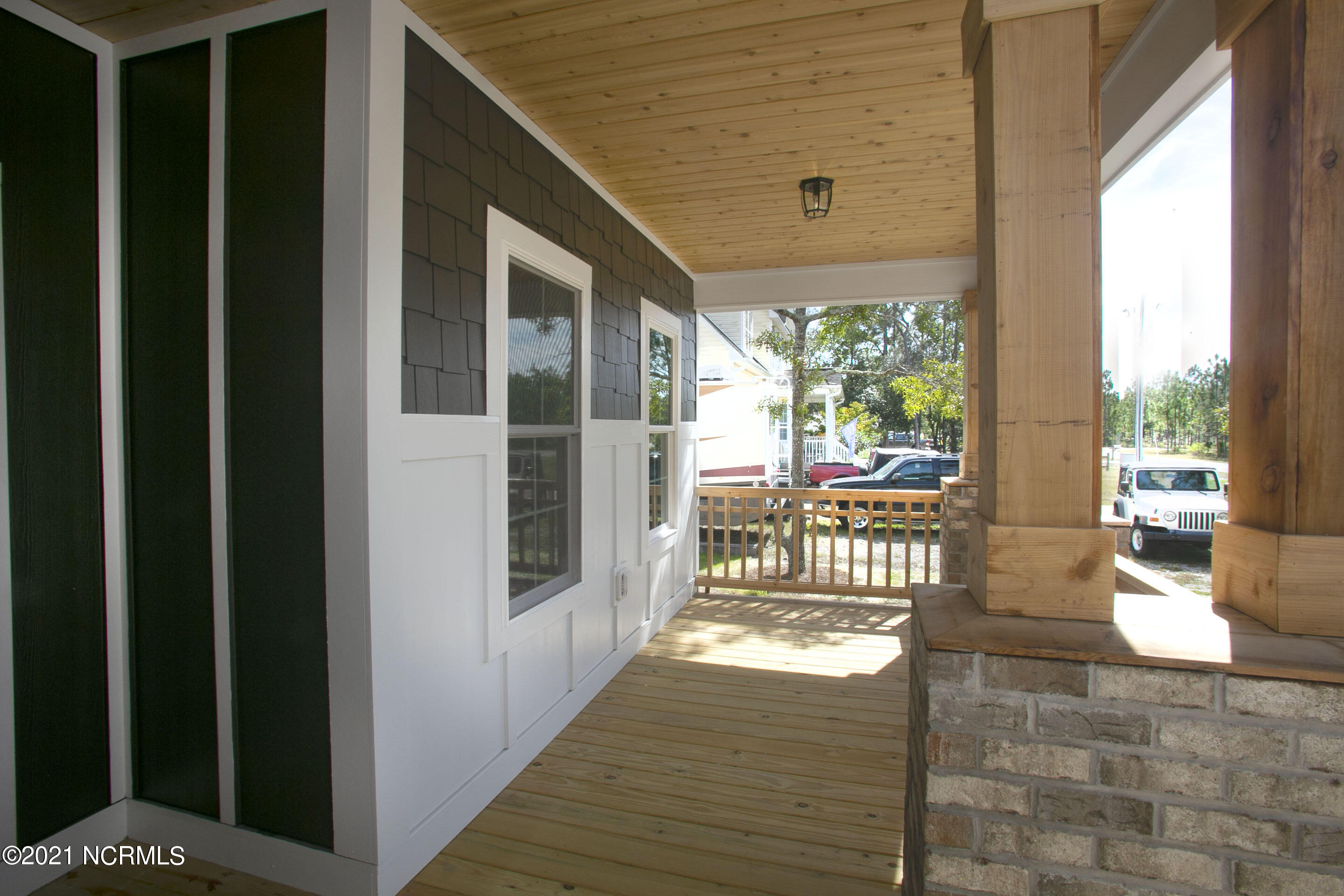 911 S South Shore Drive Boiling Spring Lakes, NC 28461