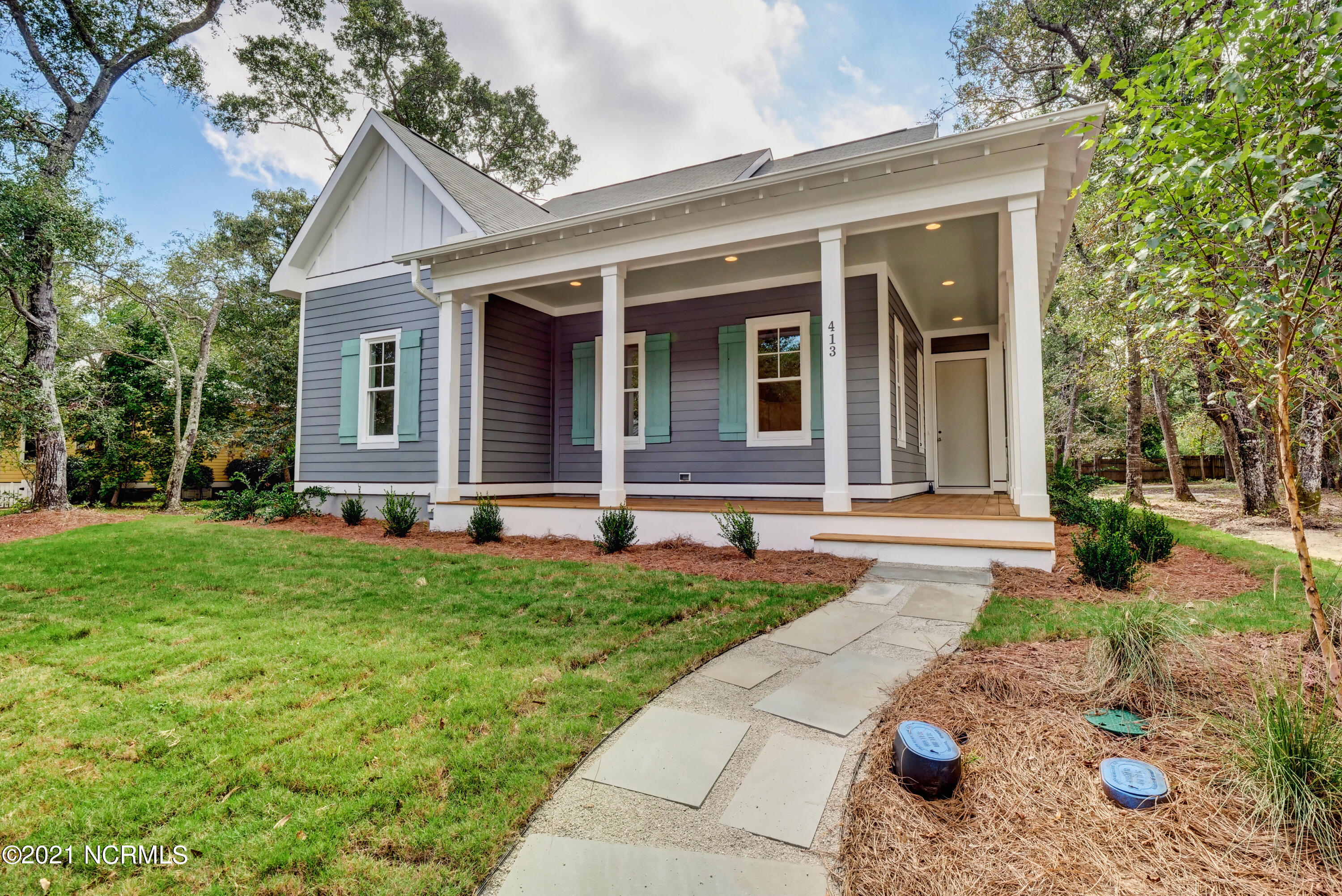 413 Fire Fly Lane Southport, NC 28461