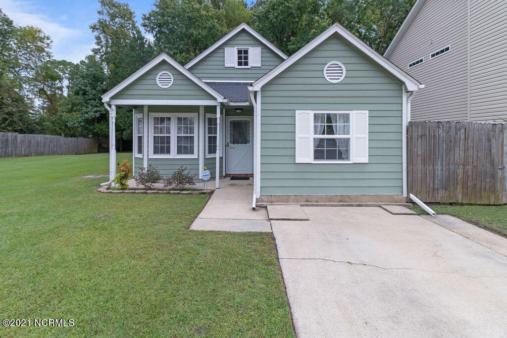 Welcome Home to 118 Basswood Court! This single story home is located in the popular neighborhood of Aragona Village and is just minutes from the Camp Lejeune Piney Green gate, shopping and restaurants, and local beaches! Don't miss that this home comes with an adjacent lot for added outdoor space!  This listing won't last long, schedule your showing today!