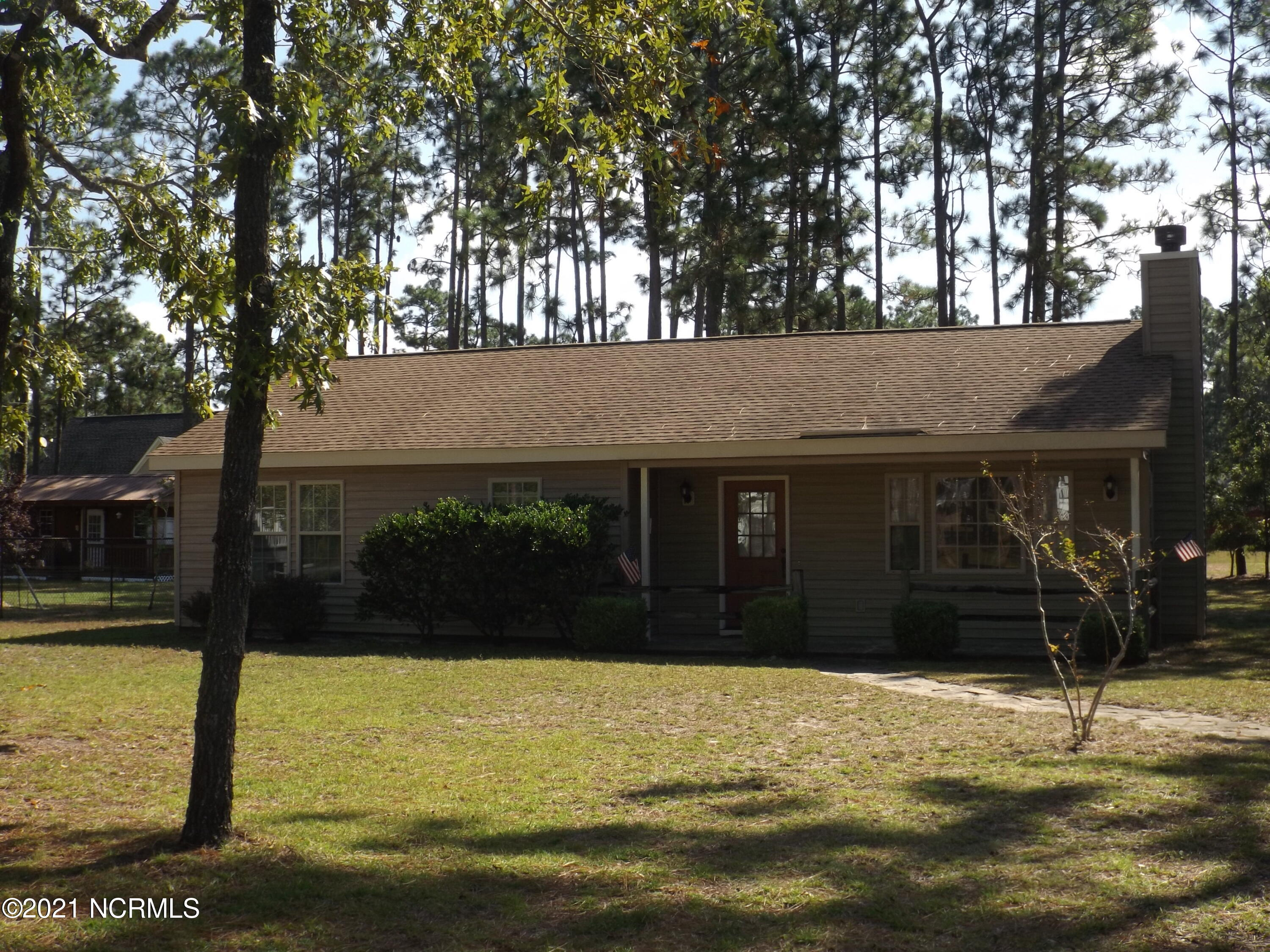 816 Sweet Briar Road Southport, NC 28461