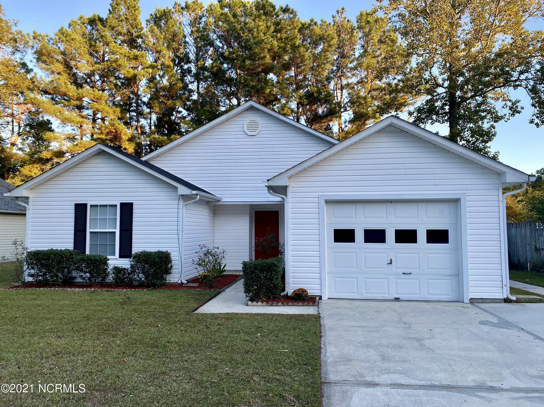 1024 Spring Villa Drive, Jacksonville, NC 28540
