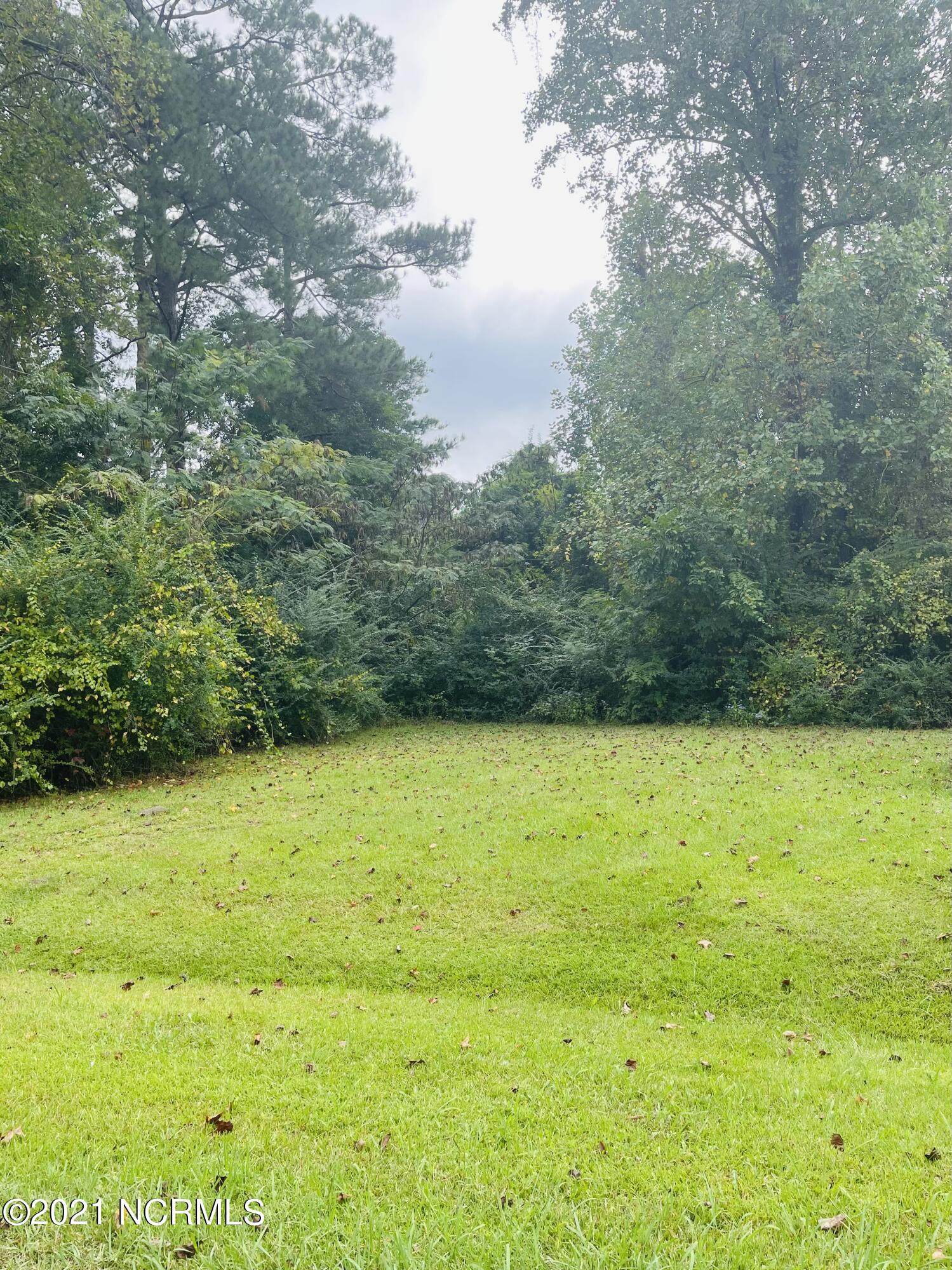 Cleared lot inside the Jacksonville city limits, ready to build!