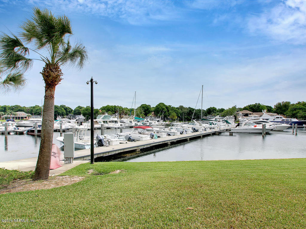 1335 Windsor Harbor Dr