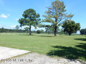 3950 KENTUCKY AVE North, GREEN COVE SPRINGS, FL 32043