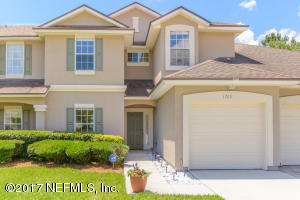 1725 CROSS PINES DR, FLEMING ISLAND, FL 32003