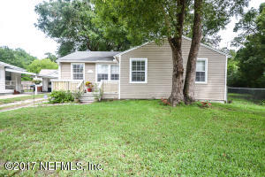 Photo of 1393 Pine Grove Ct, Jacksonville, Fl 32205 - MLS# 885974